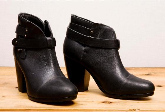 Harrow Boot pair