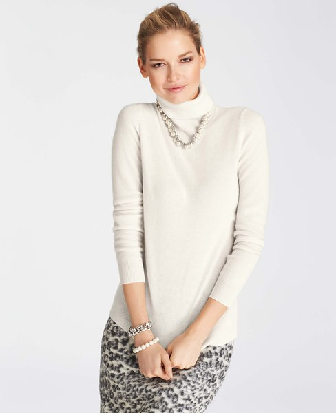 Ann Taylor Winter White Cashmere Sweater $179